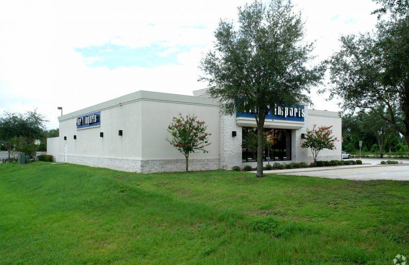 401 Towne Center Exterior 2