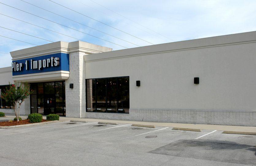 401 Towne Center Main Image